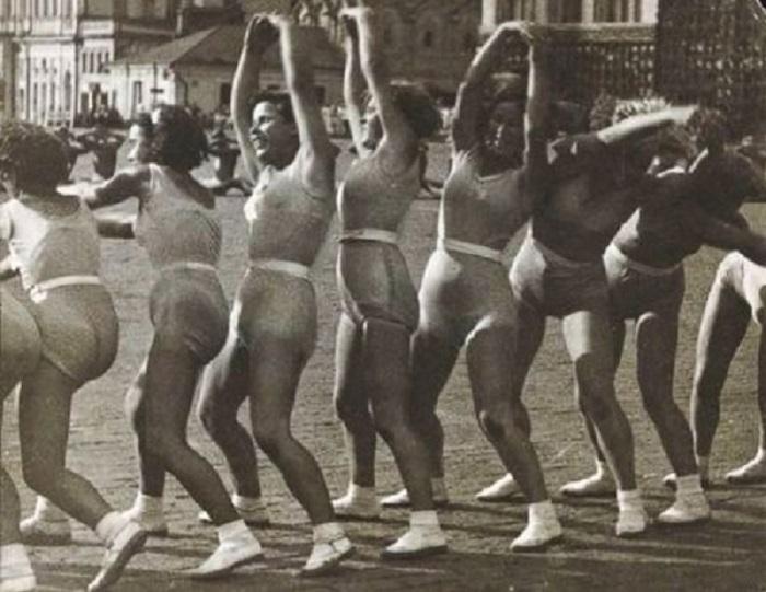 20. Ритмическая гимнастика «Волна», гимнастика 1936 года.