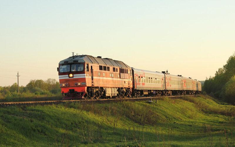 ТЭП70-0293 с поездом 664 Псков - Москва Рижская на перегоне Гущино - Воробецкая