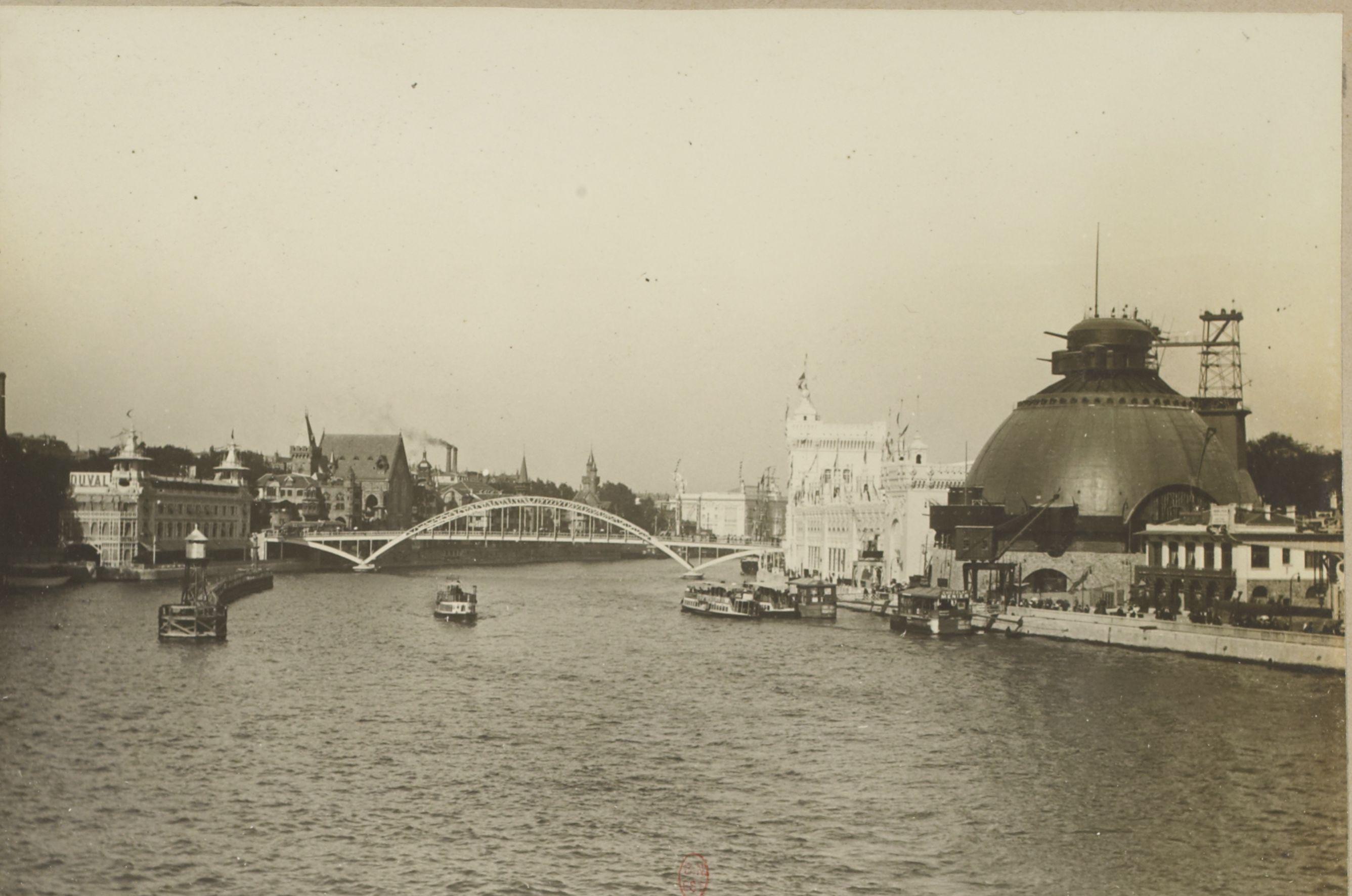 Вид моста Йены