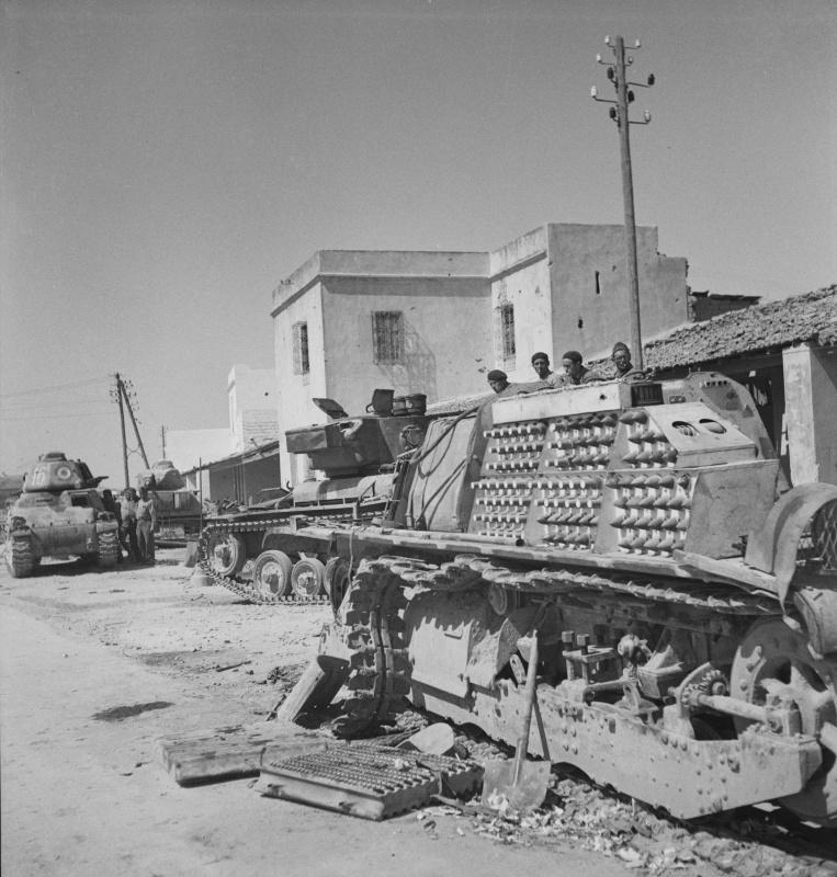 porto_farina_tank_wrecks_may1943.4gri95qe7i80wk4kw4wg8ko8g.ejcuplo1l0oo0sk8c40s8osc4.th.jpeg