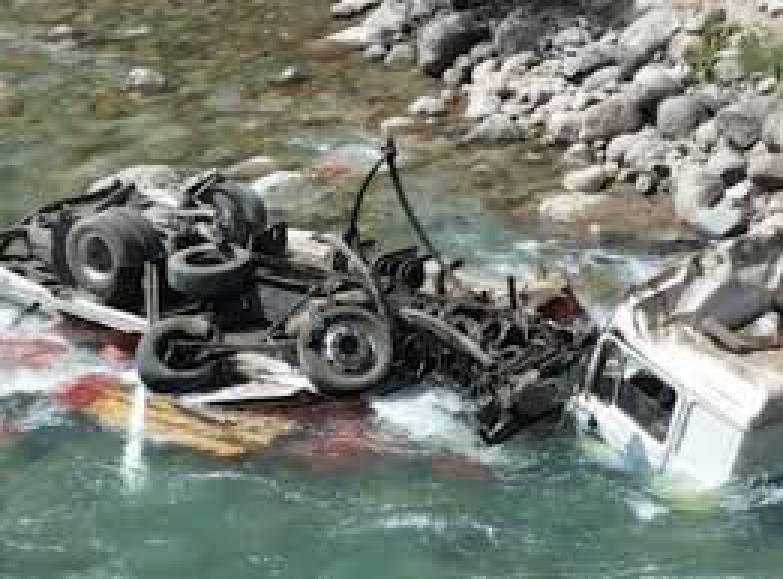 2 человека упали с большой высоты в Мелитополе