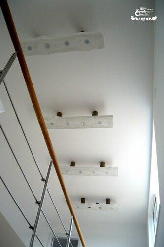 019. светильники 2 этажа, ограждения лестницы