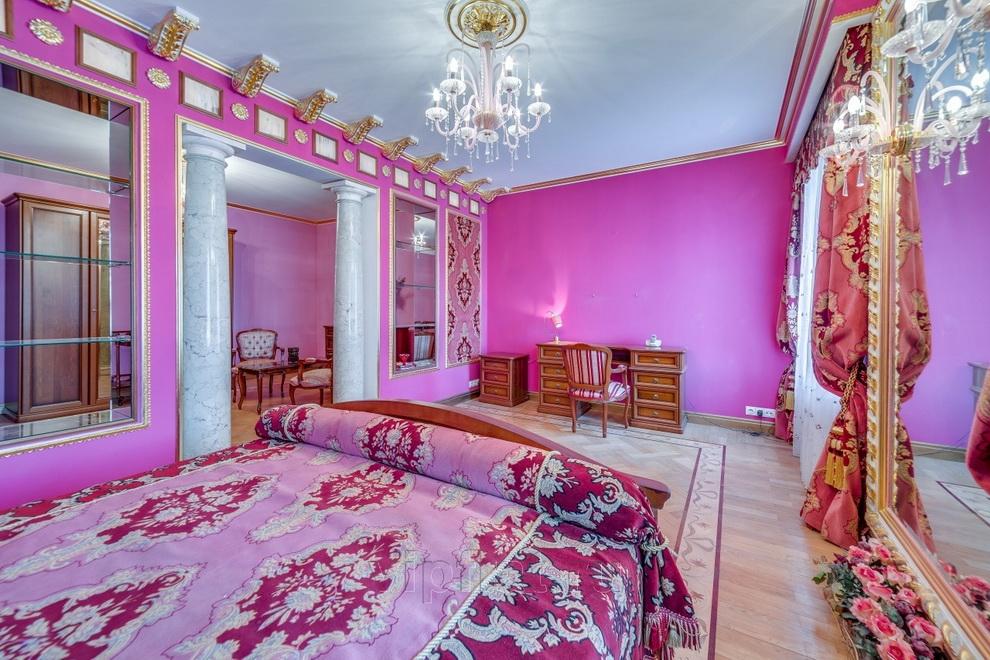 Роскошная квартира Волочковой в Санкт Петербурге