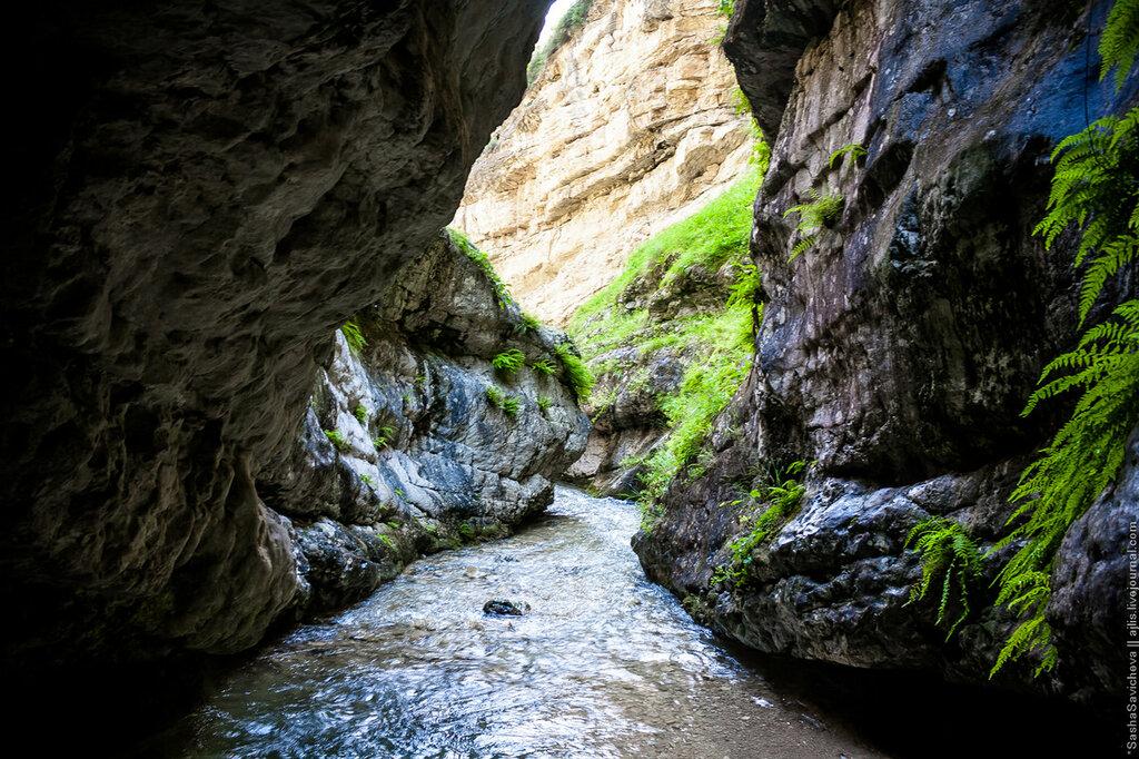 Подземный водопад в Салтинской теснине