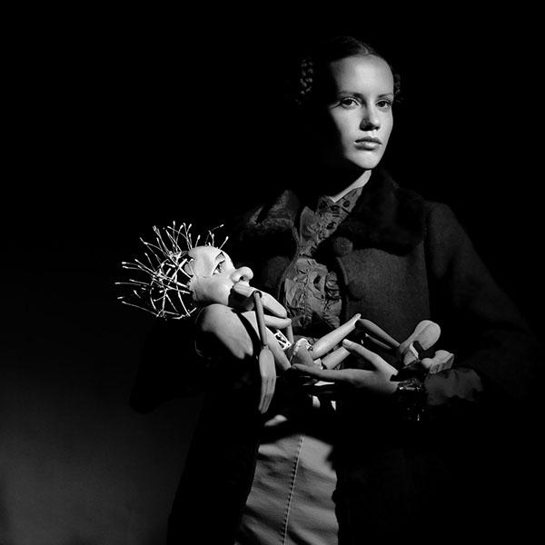 Doll, Dull, Old / MAXIMUM magazine / foto Momchil Hristov