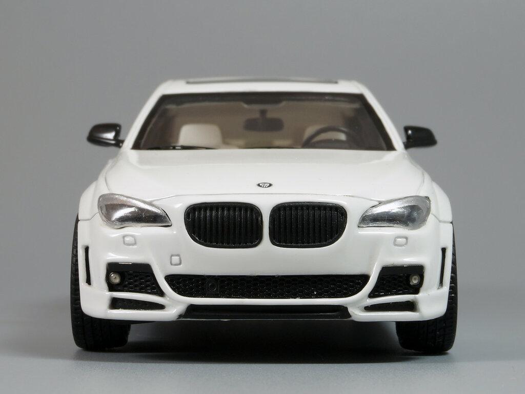 BMW_CLR_750_02.jpg