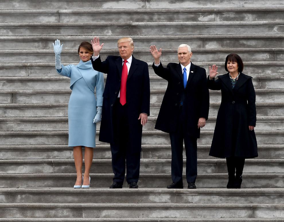 30. А в Вашингтоне продолжились торжества по случаю инаугурации Трампа. Перед собравшимися выст