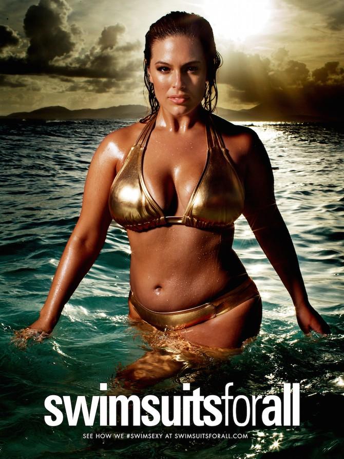 На своей странице в инстаграме Эшли поделилась кадрами из новой съемки для марки Swimsuits For All.