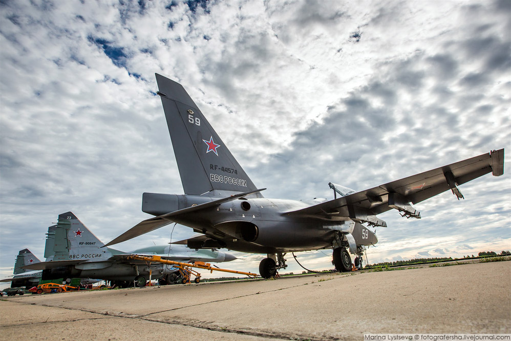 5. Липецкий Су-34 — единственный «утёнок», которому присвоено имя «Олег Пешков», Герой России,
