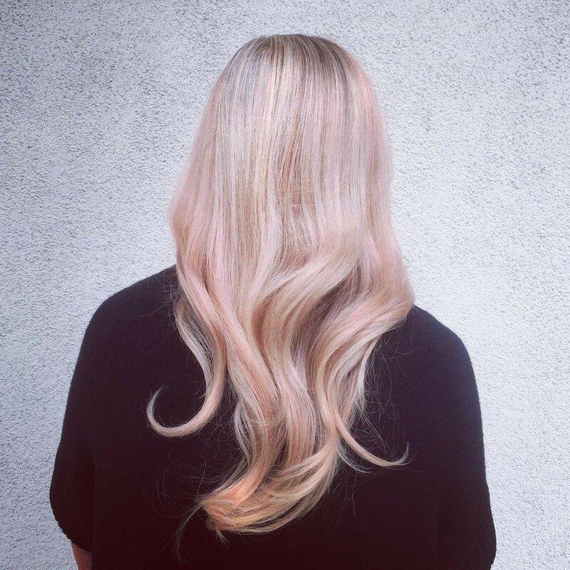розовое-золото-волосы-окрашивание-фото14.png