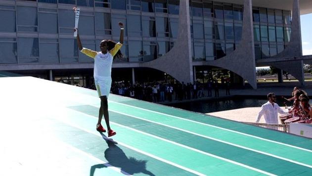 Международный Олимпийский комитет позволил русским спортсменам участвовать вОлимпиаде