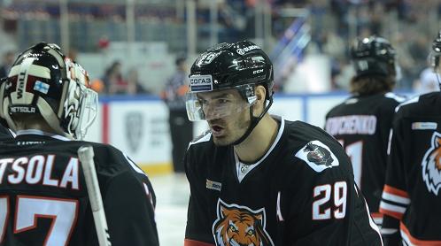 «Амур» обыграл «АкБарс» вматче стабильного чемпионата КХЛ