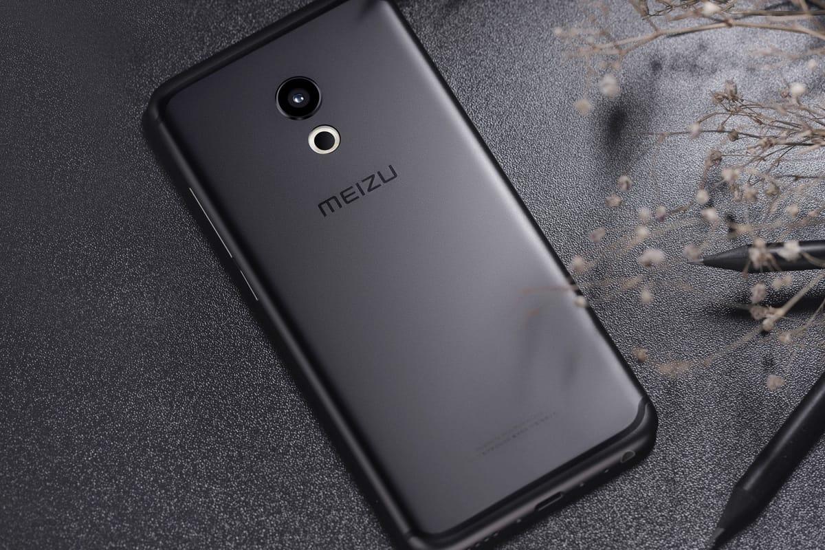 Раскрыты технические данные спорного флагмана Meizu Pro 7