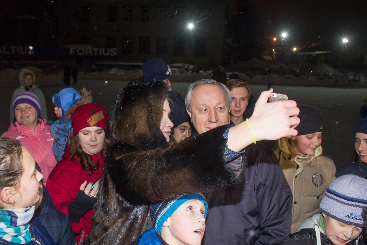 губернатор каток открытие фото 8