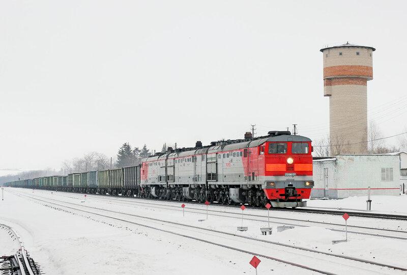 3ТЭ10МК-1215 на станции Залегощь следует в сторону Верховья