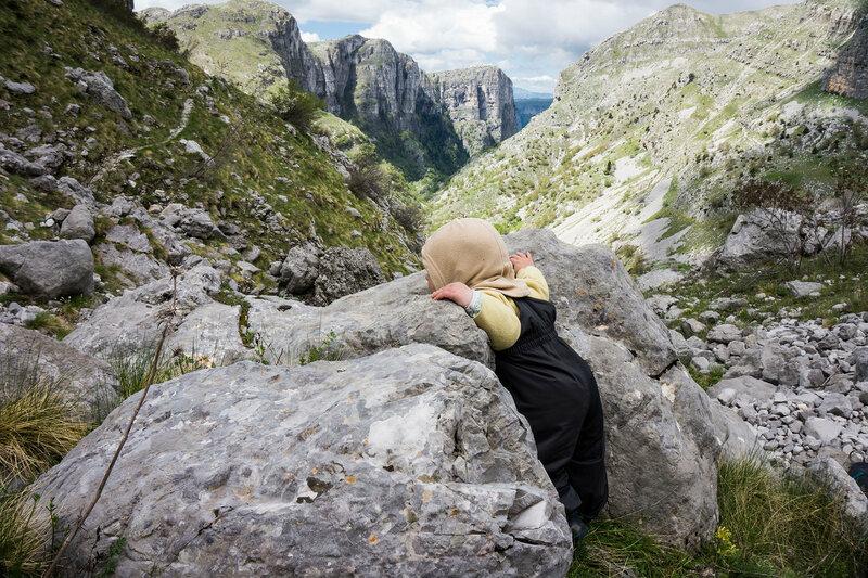 ребенок (1 год) в горах