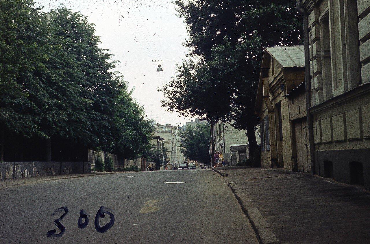 148598 Трубная ул Юрий Славин 1976 от Садовой.jpg