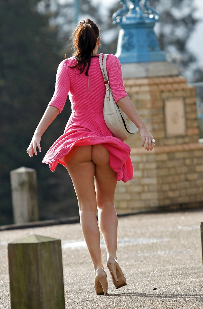 фото девушек мини платье и голые