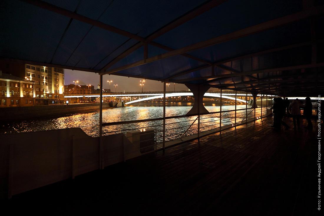 ночные фотографии открытие малой прогулочной навигации по Москве-реке