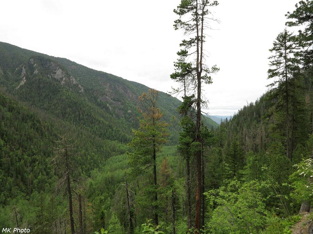 Вид на долину р. Слюдянка