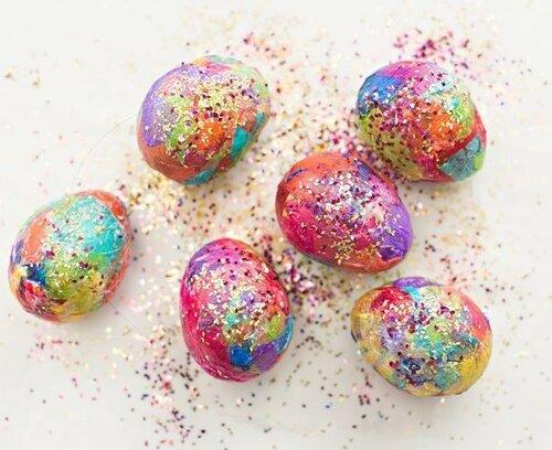Декоративные пасхальные яйца в глиттерах<a href=