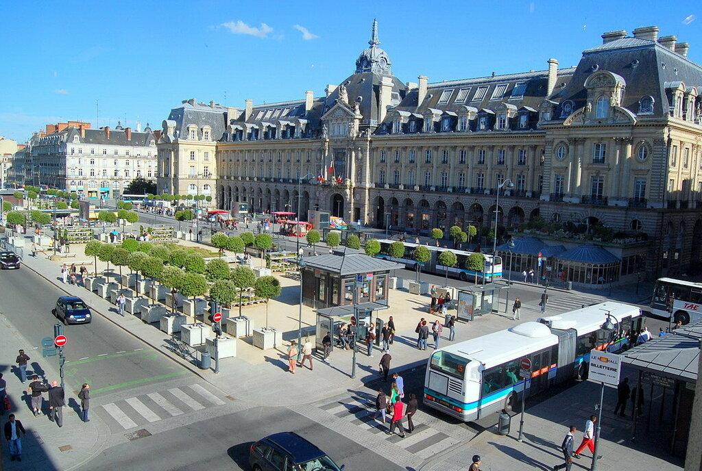 Rennes Площадь Республики.jpg
