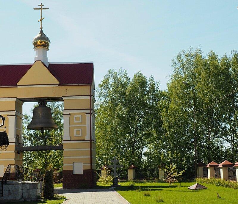 Томск, Воскресенская церковь (Tomsk, the Resurrection Church)