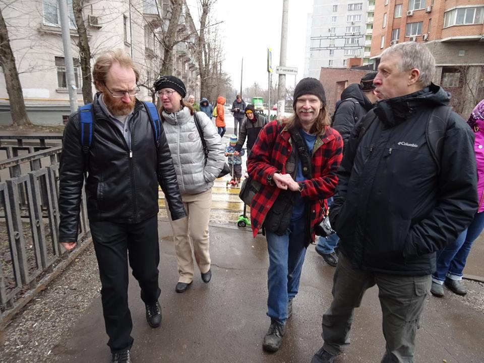 По Саратовской улице