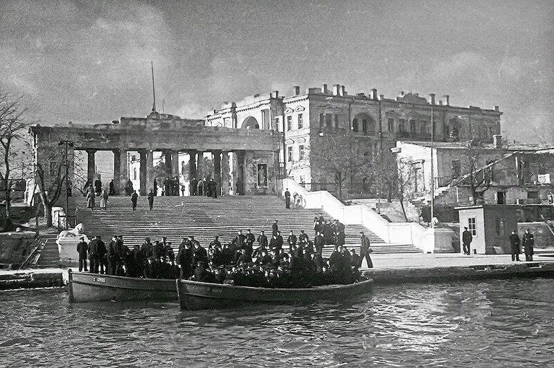 Фотография Е. Халдея(1917 - 1997)Фотохудожник Победы (41).jpg