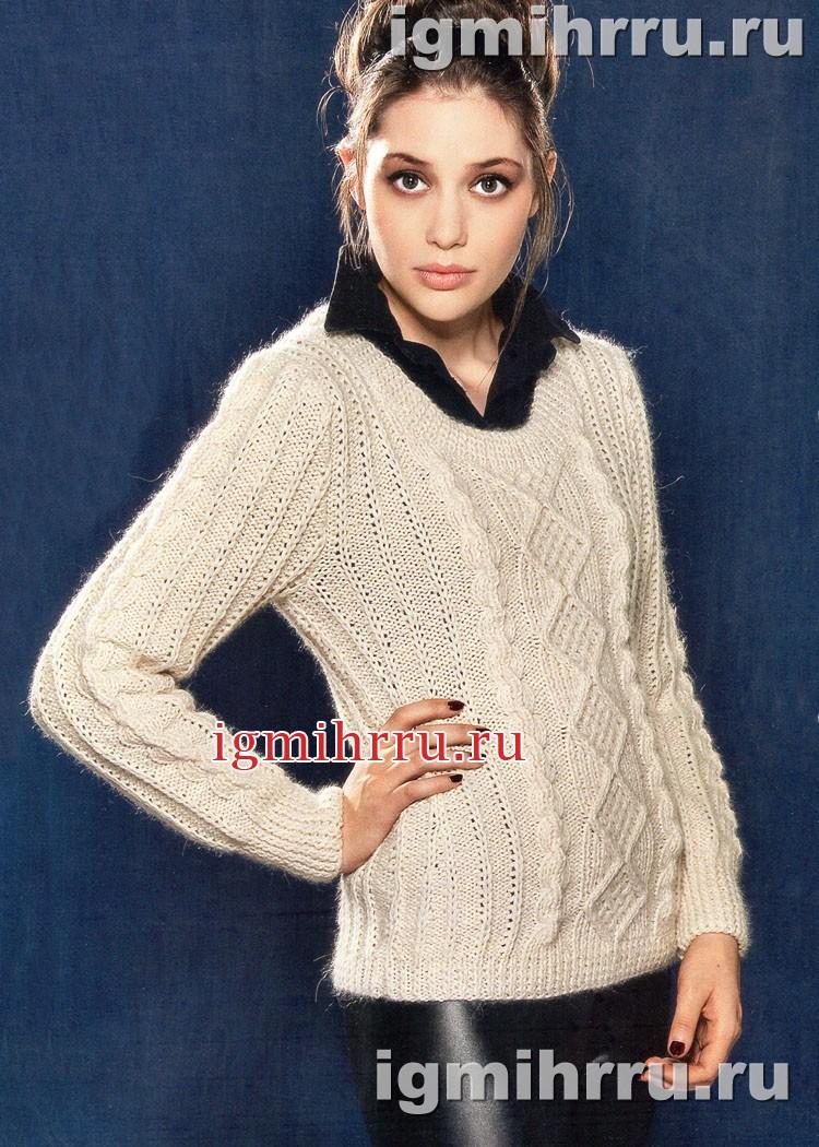 Теплый бежевый пуловер с миксом узоров. Вязание спицами