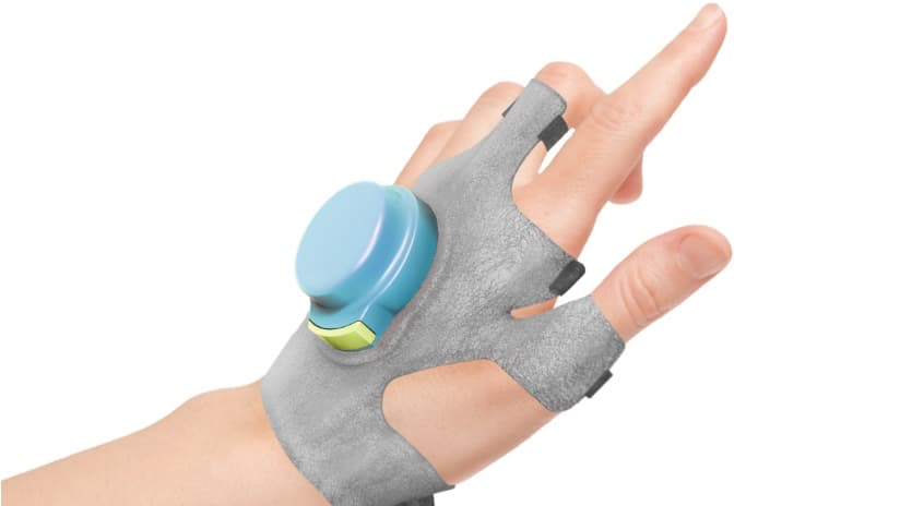 Изготовлена перчатка устраняющая тремор в руках