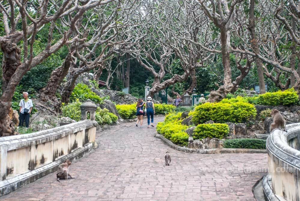 Парк Пхра Накхон Кхири в Пхетчабури