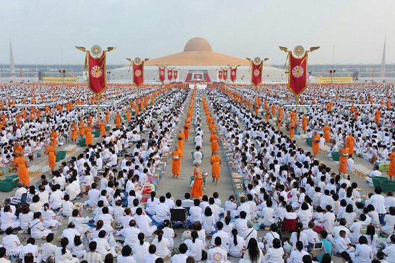 Буддистский храм будущего (23 фото)