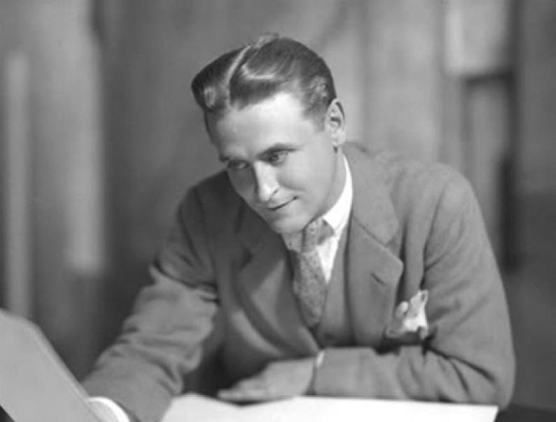 2. Фрэнсис Скотт Фицджеральд (1896–1940) свой первый роман «По ту сторону» писал в тренировочном лаг