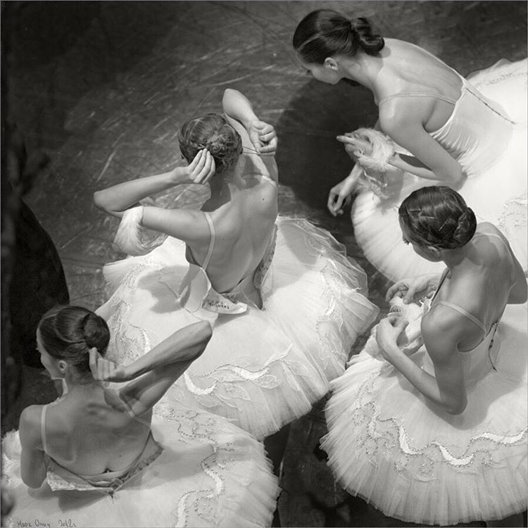 Таинство балета в фотографиях Марка Олича (17 фото)