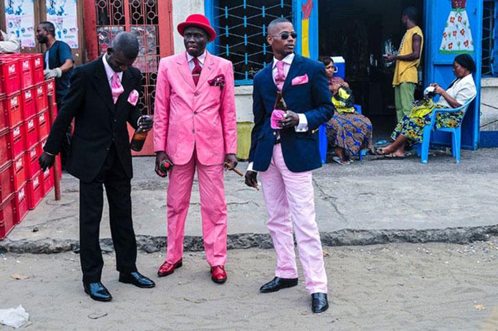 Несмотря на такое щепетильное отношение к внешнему виду, для Sapeurs главное не костюм, а мужчина «в