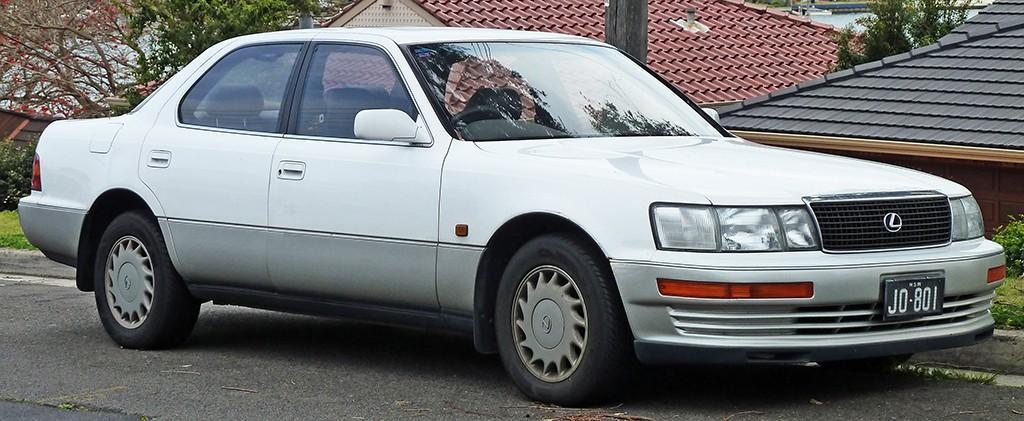 8. С 1988 года Toyota уверенно начала завоевывать североамериканский рынок с брендом Lexus.