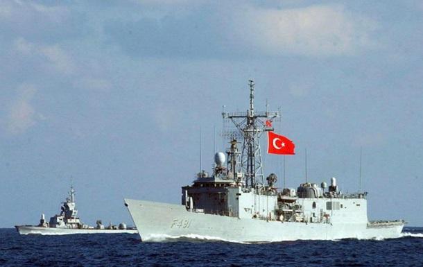 После военного мятежа изтурецкого военного флота пропали 14 кораблей