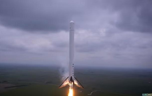 SpaceX планирует восстановить запуски ракет осенью