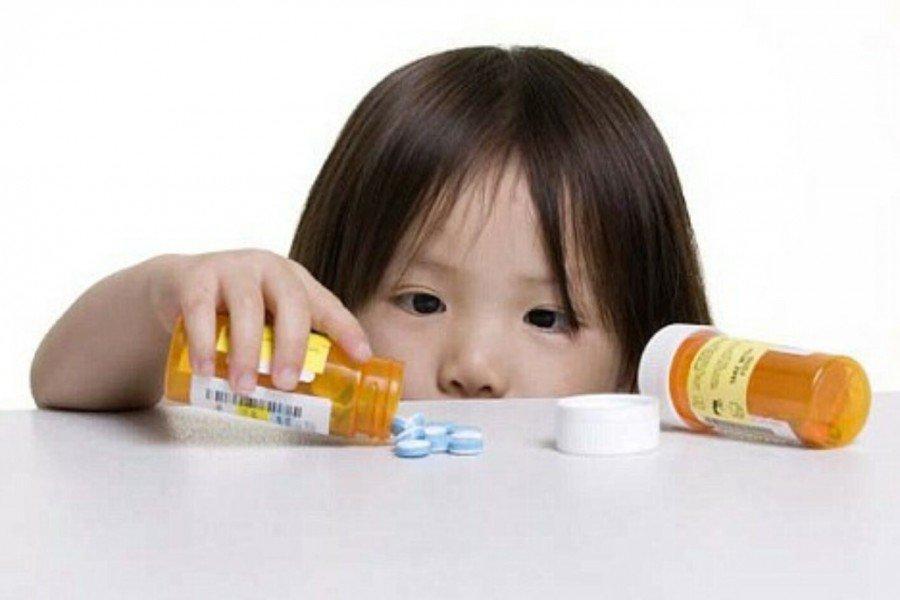Ученые: Антибиотики вызывают удетей аллергию