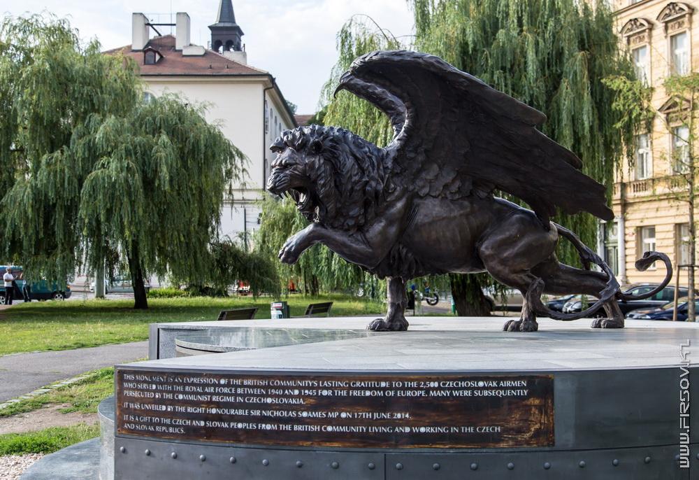 Prague 78.jpg
