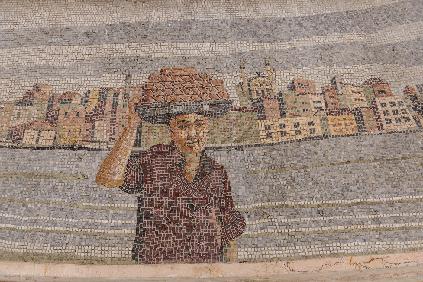 Фотография 9. Отзыв об экскурсии по Стамбулу самостоятельно. Такая картинка выложена на стенах фонатана у площади Султанахмет. Отчет о поездке в Турцию. 1/640, 4.5, 200, 32.