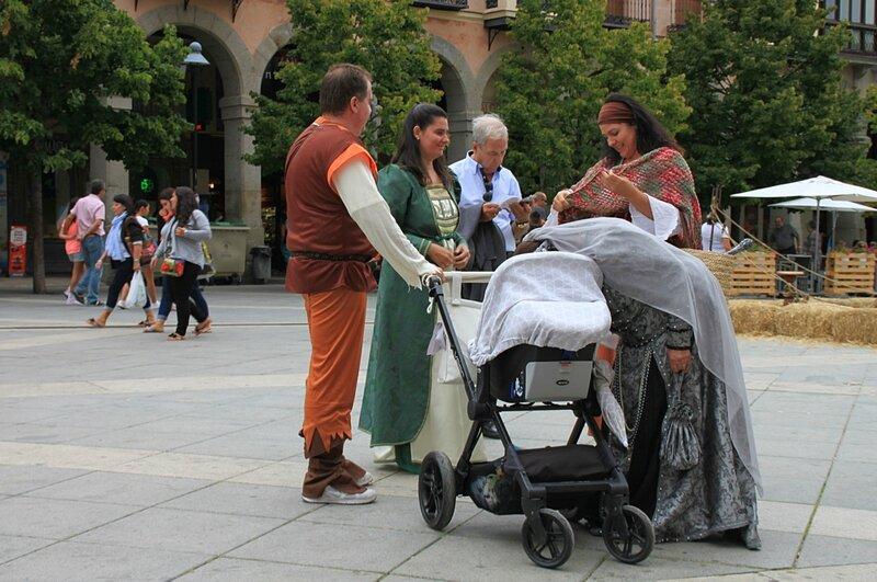 Авила, Испания – средневековая ярмарка (Avila, Spain - medieval fair)