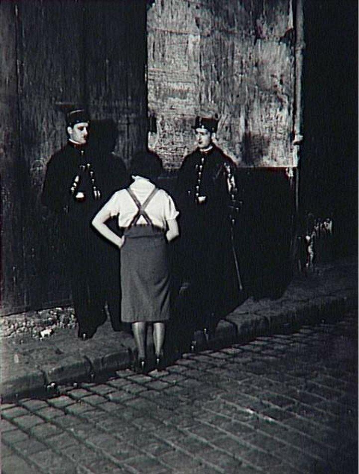 1933. Проститутка с двумя полицейскими