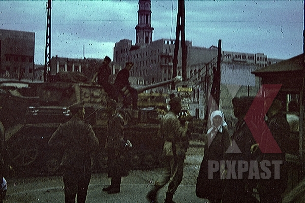 stock-photo-panzer-on-proletarskyi-square-in-kharkov-ukraine-1943-9296.jpg