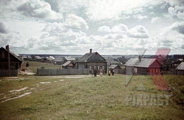 stock-photo-at-the-beresina-near-baryssau-russia-1942-11274.jpg