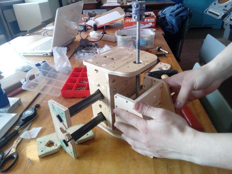 Фрезер-модель2-сборка некоторых блоков-13.jpg