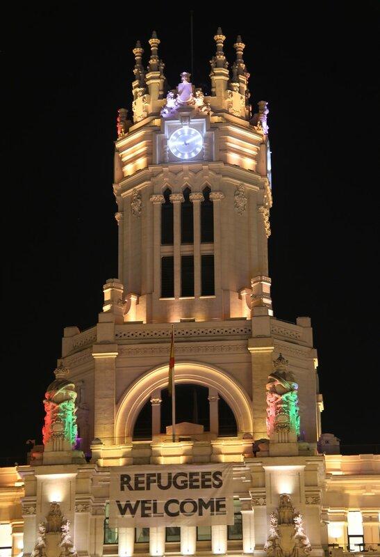 Ночной Мадрид. Дворец Связи. Подсветка