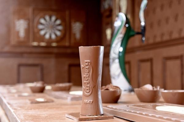 В Лондоне построили паб из шоколада