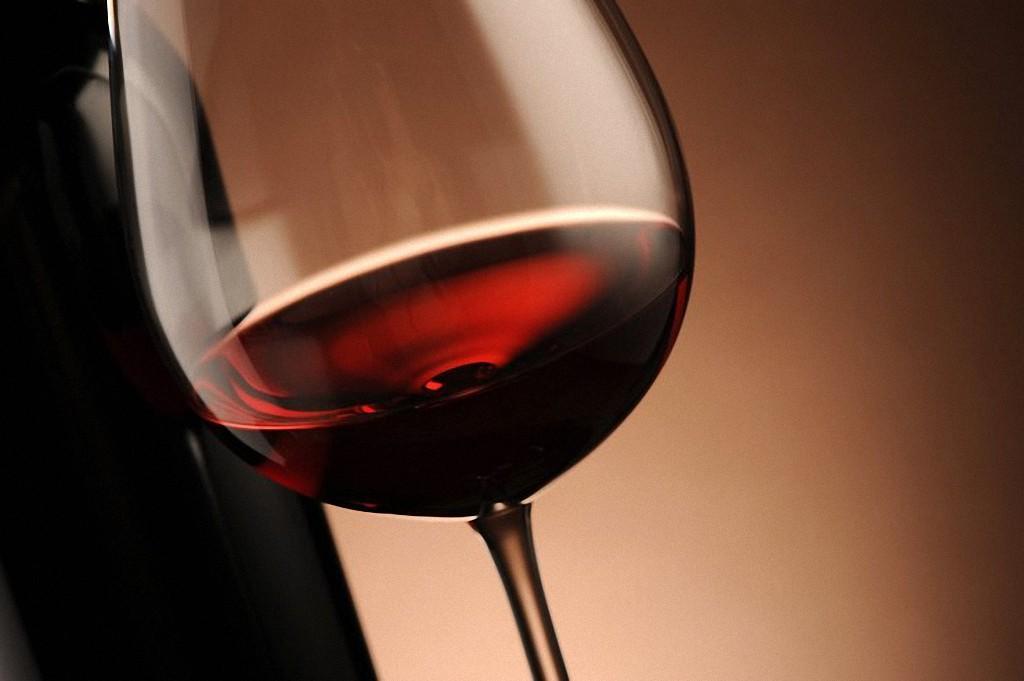3. Польза алкоголя в небольших дозах для человеческого организма огромна. Ученые не могут пока объяс